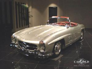 Mercedes 300 SL Roadster, post-war, Stefan C. Luftschitz, Japan 2009