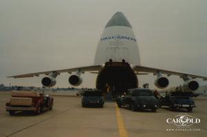 Mercedes 770 Collection -Las Vegas- Luftschitz, Airfield Sacramento, Verladung Antonov