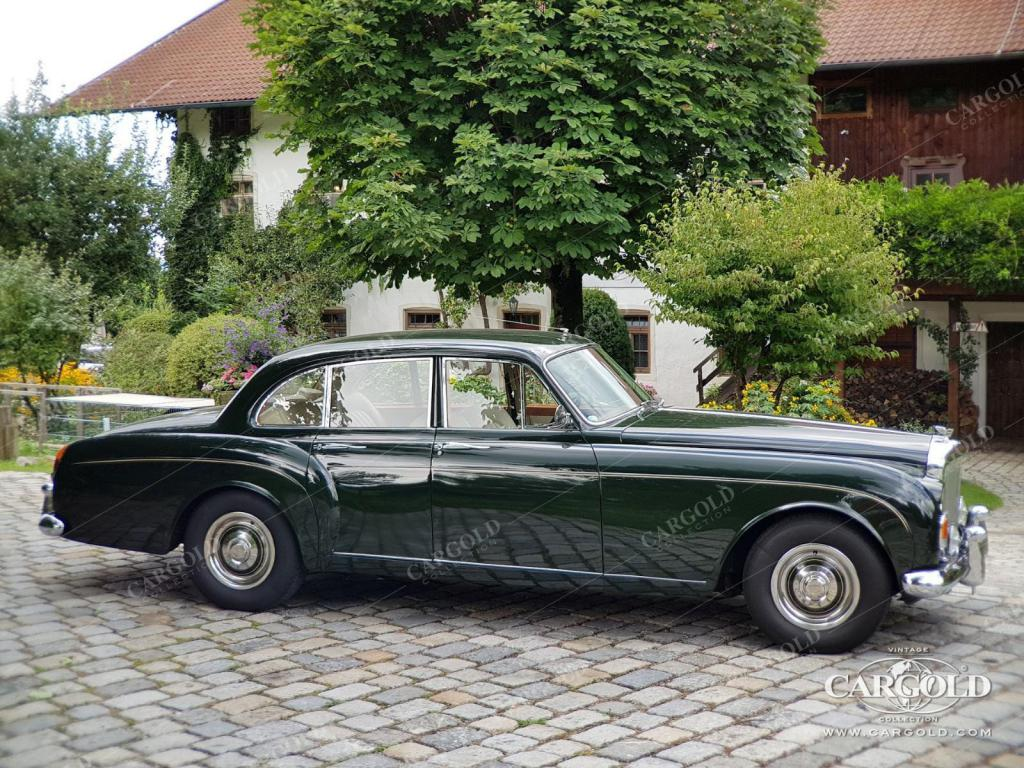 -Bentley-S3-Continental Flying Spur